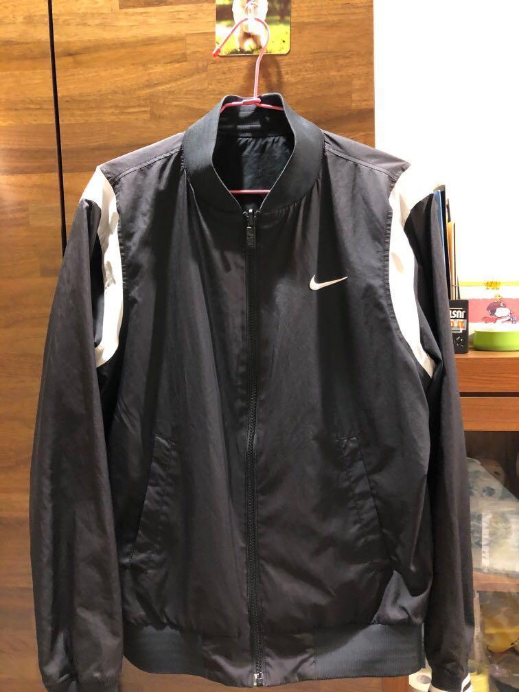 Nike風衣 外套 可以雙面穿喔!s號