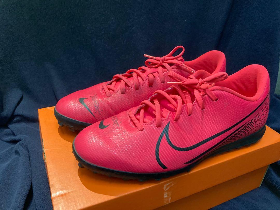 Nike Vapor 13 Club Turf Boot UK8.5
