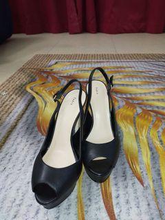 Original Pedro Black Heels