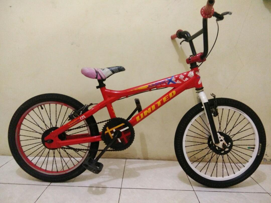 Sepeda BMX UNITED JUMPER X