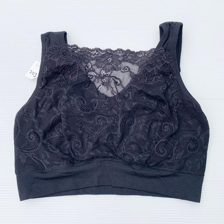 Size M MILANA Sport Bra in Black