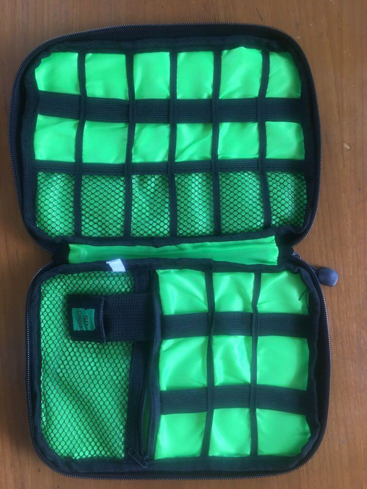 Travelling pouch gadget organizer #oktobersale