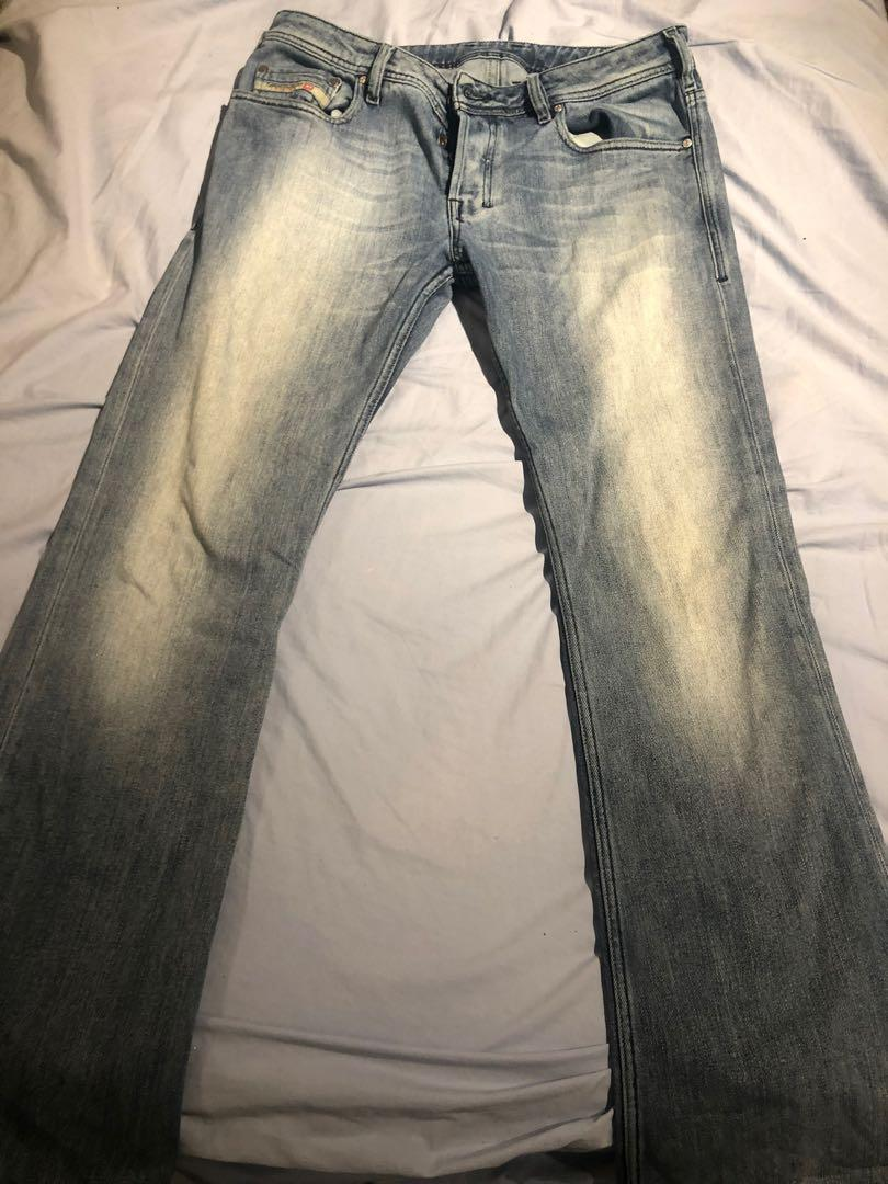 Trendy low wasted pants  30inch