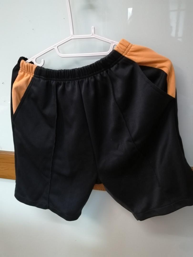9成新男42碼L運動短褲2件淡水國中制服運動短褲