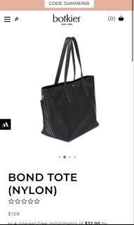 Black hand bag tote