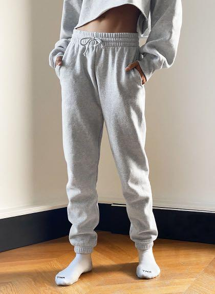 Brand new Aritzia CozyAF Perfect Sweatpant for sale! (never worn)