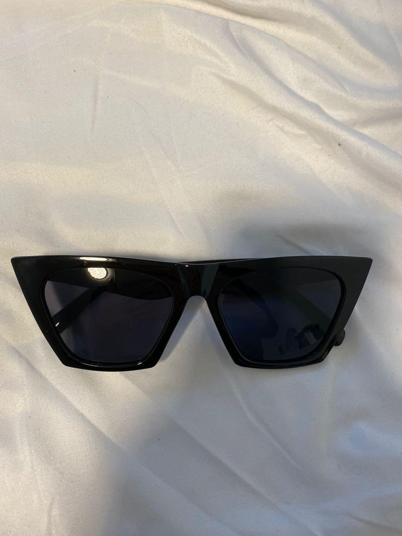 Brand new oversized sunglasses