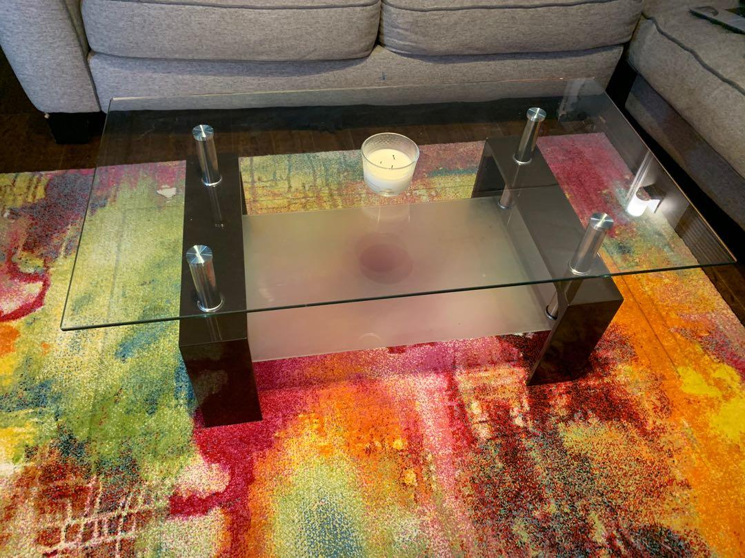 Coffee table almost perfect condition