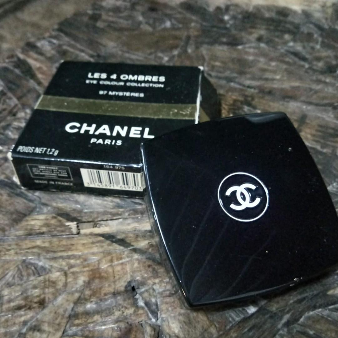 Eyeshadow chanel les 4 ombre