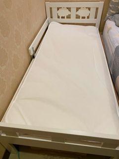 iKea兒童床