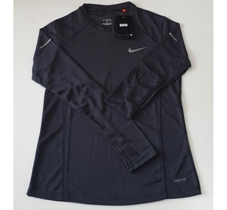 Kaos Olahraga Nike Tangan Panjang