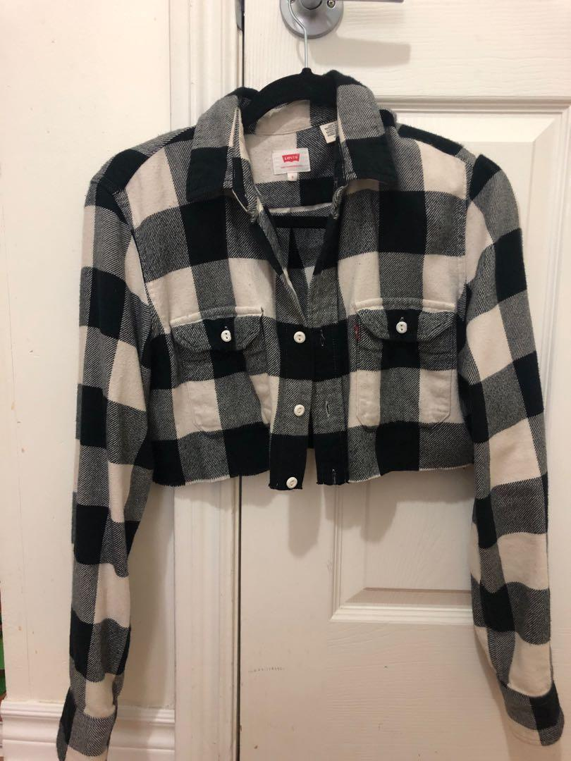 Levis cropped flannel