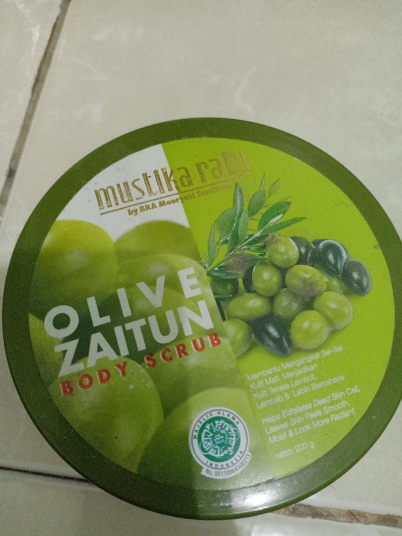 Olive zaitun body scrub