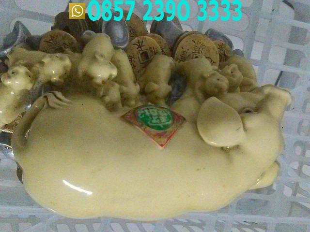 Patung Babi Dan Sembilan 9 Anaknya Dari Keramik TLX6611