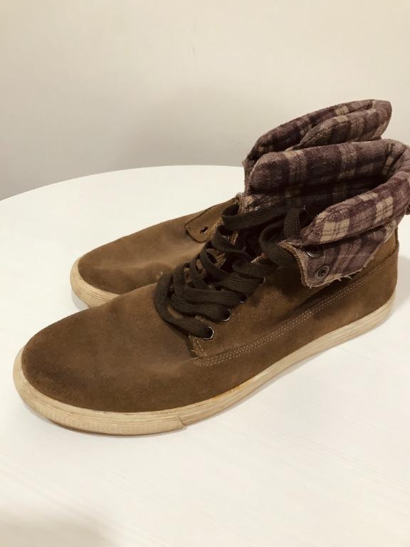 Winter Men Shoe - 一雙鞋子的冬季設計可以是兩種不同的設計