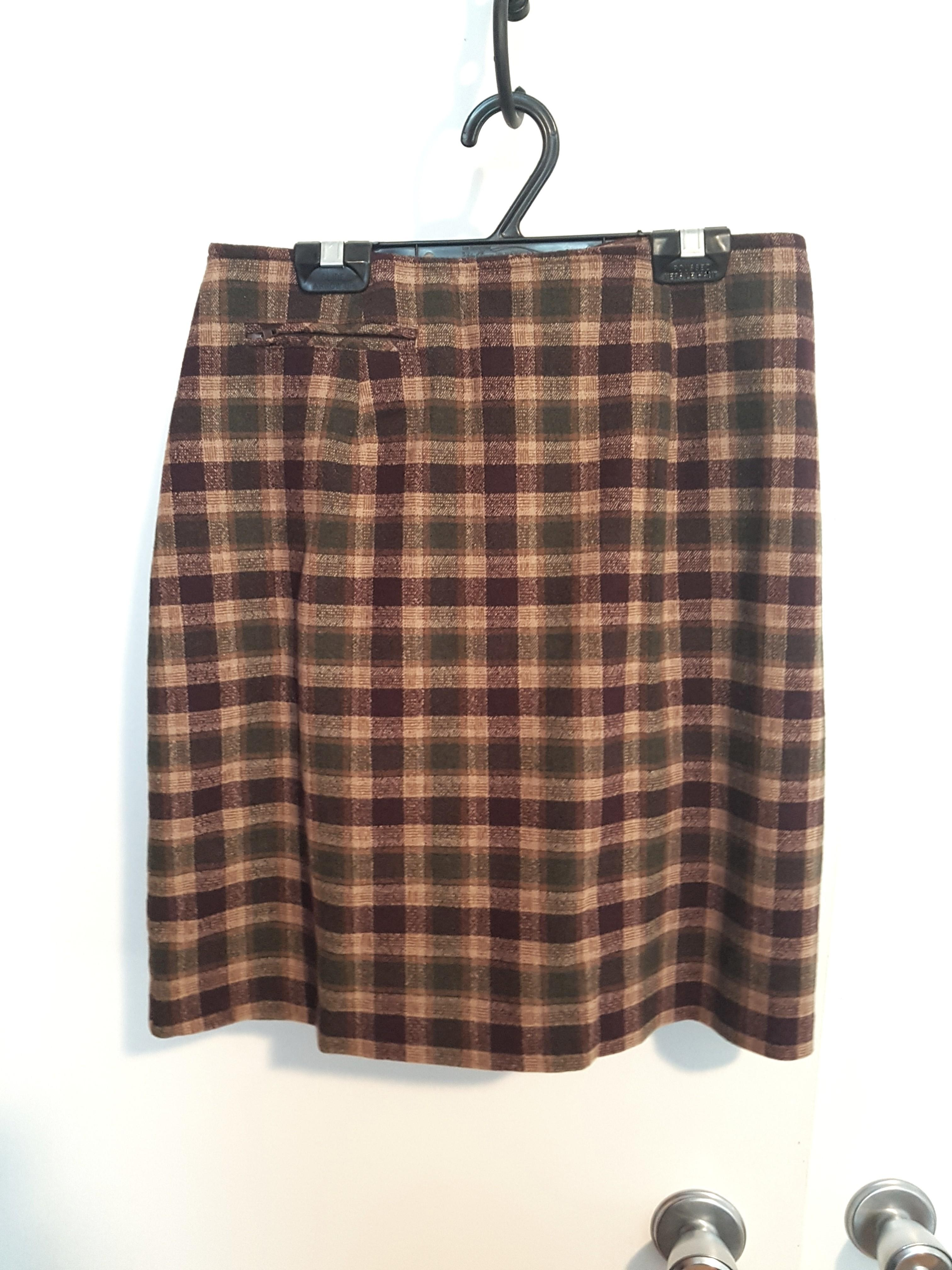 Wool  skirt with pocket