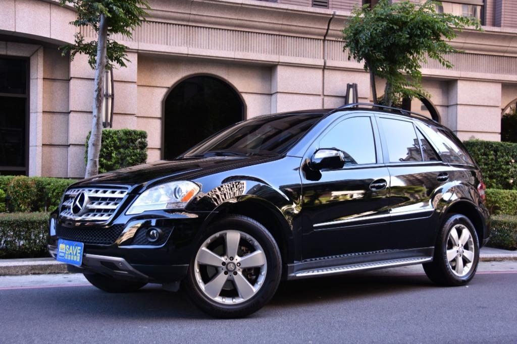 地表上最強戰鬥力 休旅車 無上至尊 美規 跑6萬 2009 BENZ M-CLASS ML350 全車原钣件 電動尾門 V6引擎有272hp匹馬力 35.7kgm扭力 黑配黑內裝 只有漂亮而已