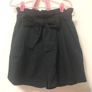 全新 Gu鬆緊蝴蝶結綁帶短褲裙