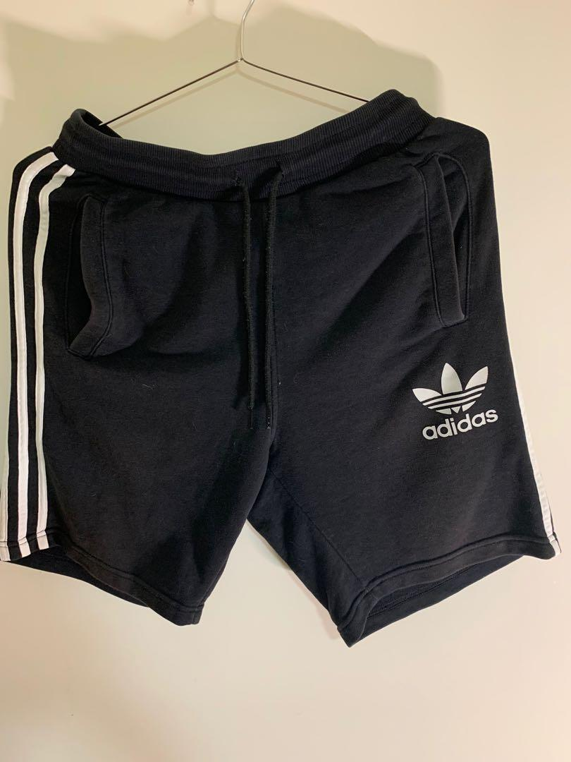 Adidas 短褲 M