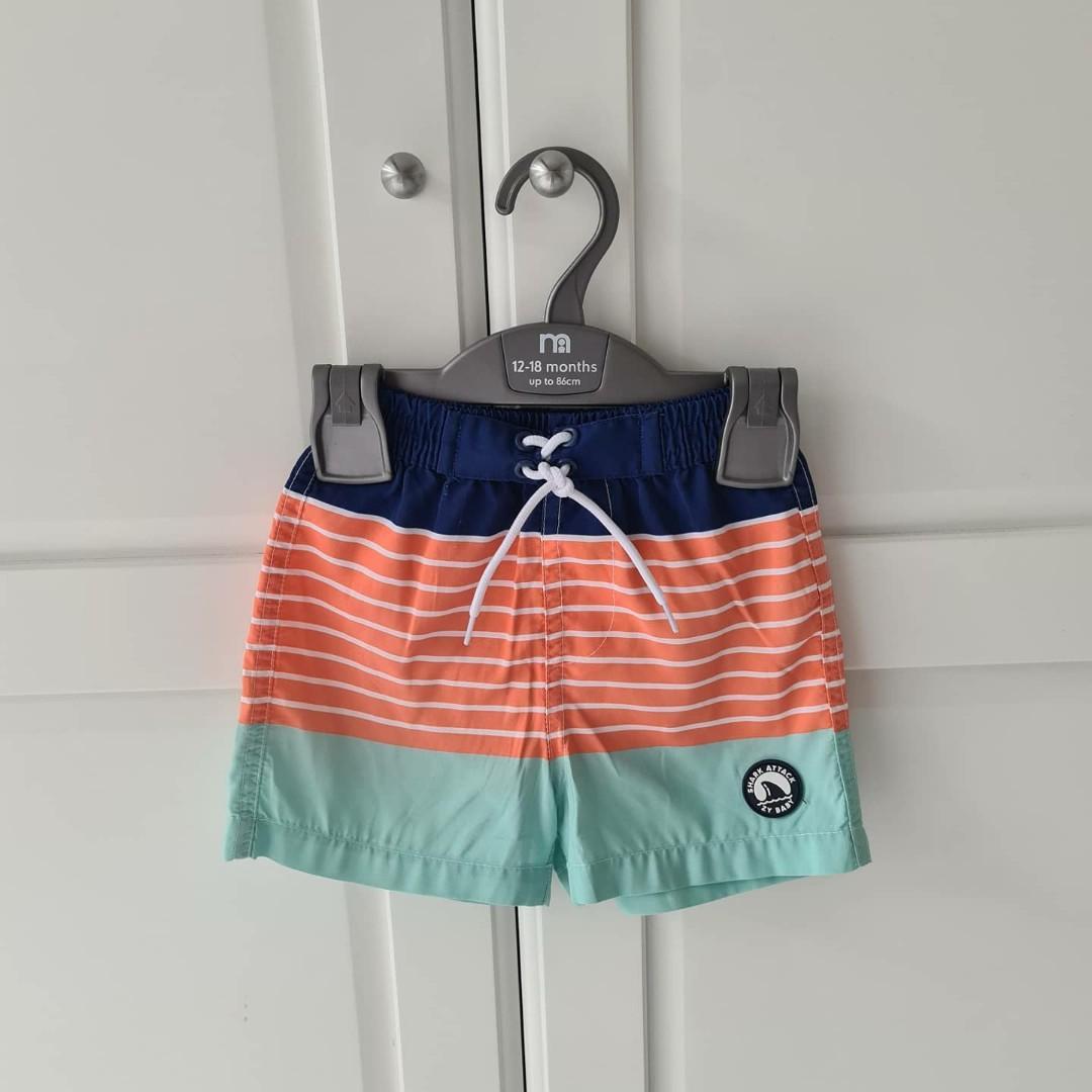 Celana pendek renang anak