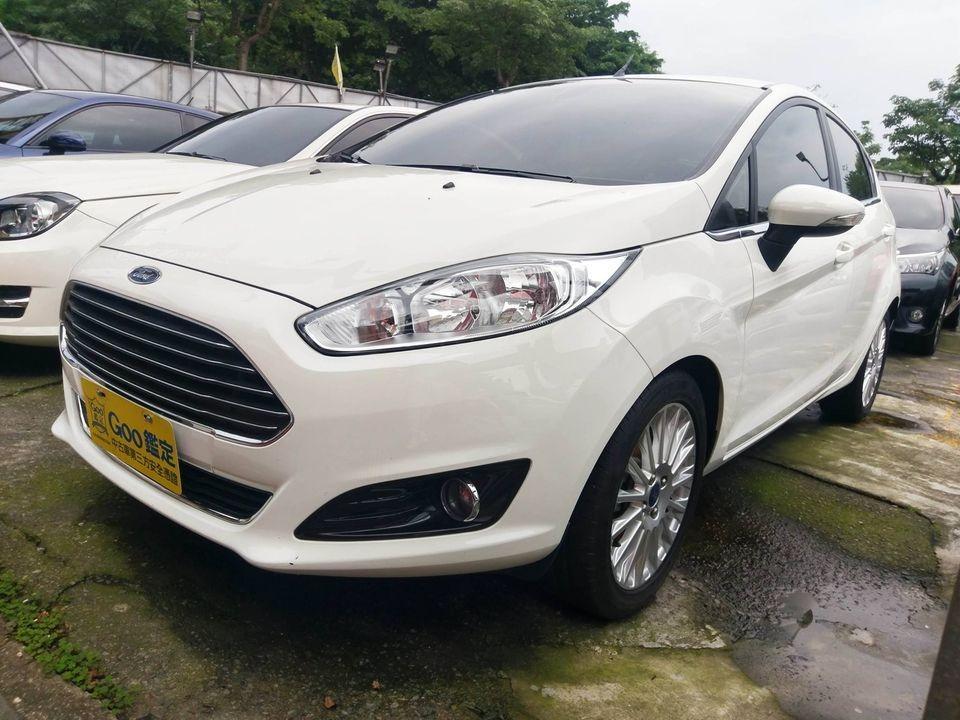 Ford 2015 fiesta  1.0L