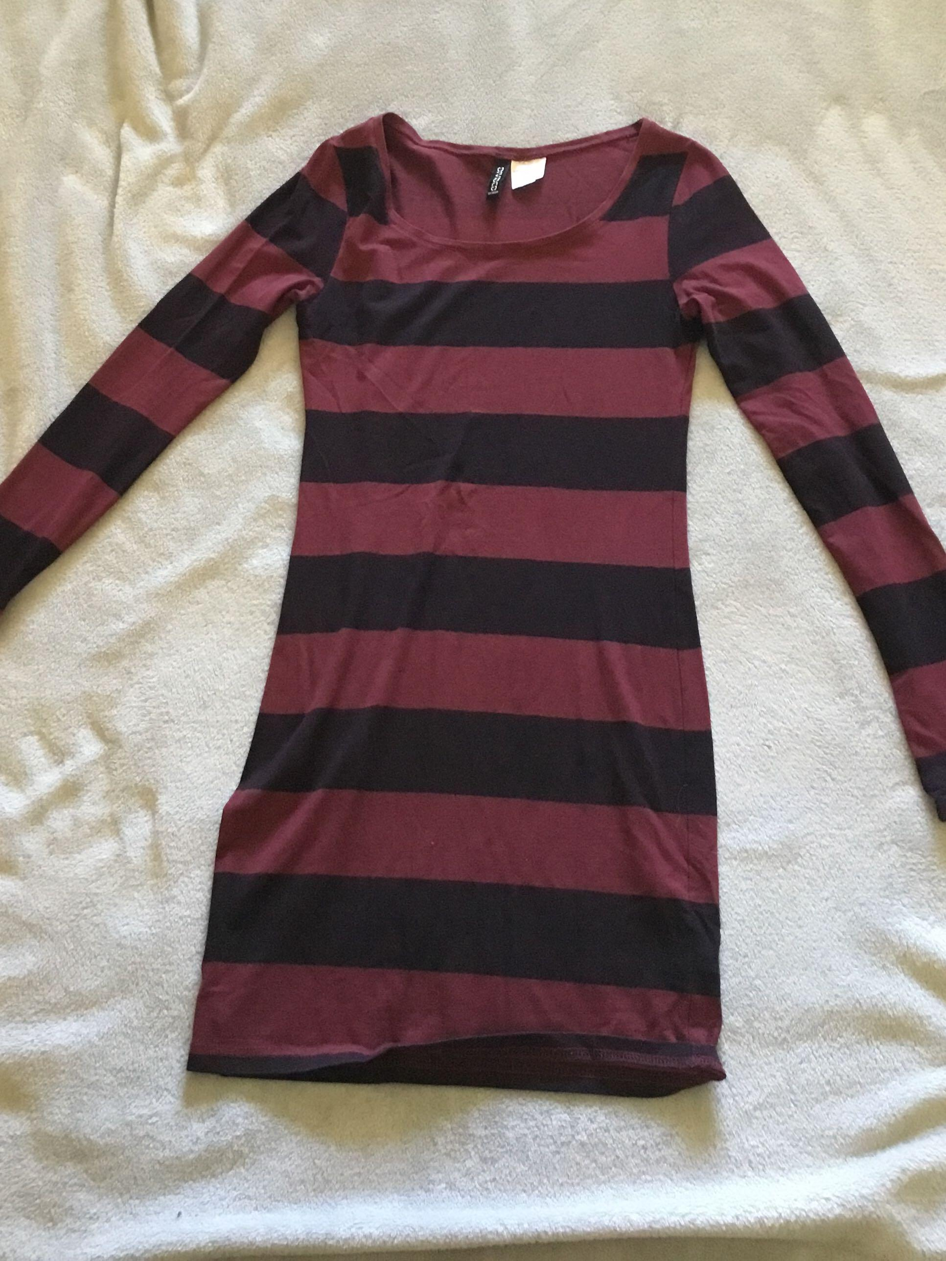 H&M long sleeve striped dress - size 4