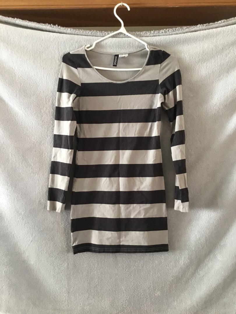H&M long sleeve stripped dress - size 6