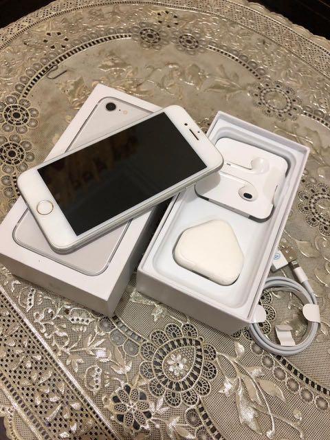 Iphone 8 64gb silver BH 96% good