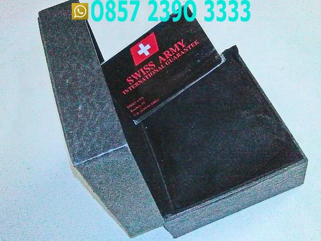 Kotak Jam Swiss Army CNS6561