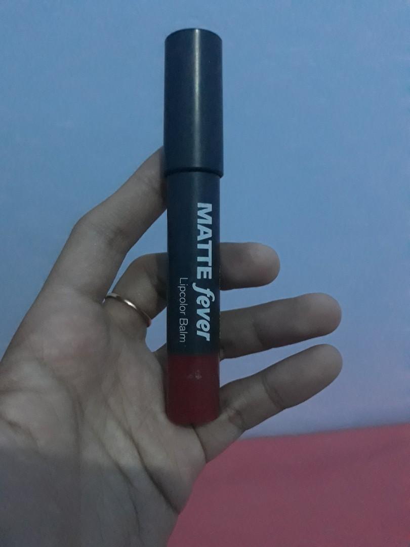 #oktoberovo lipstik matte fever silky girl