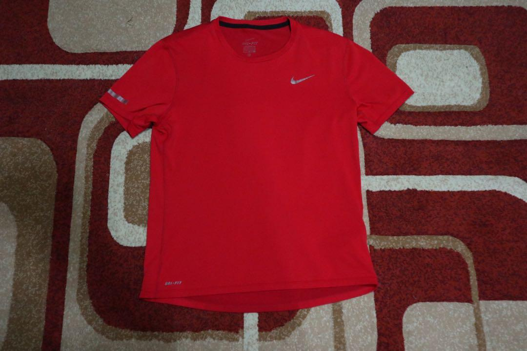 Nike Dri-Fit Red Size S Jersey Sport