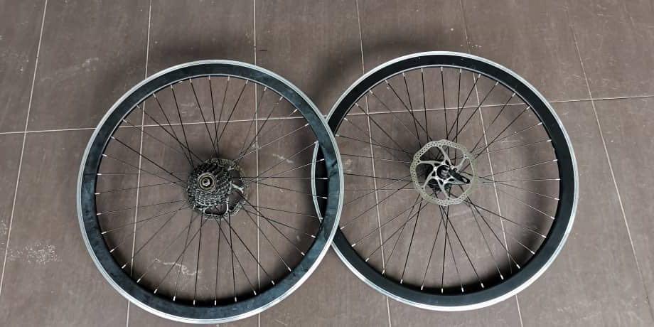 Roadbike Wheels Standard 700C