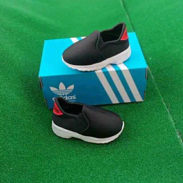 Obral Sepatu bayi Adidas Original