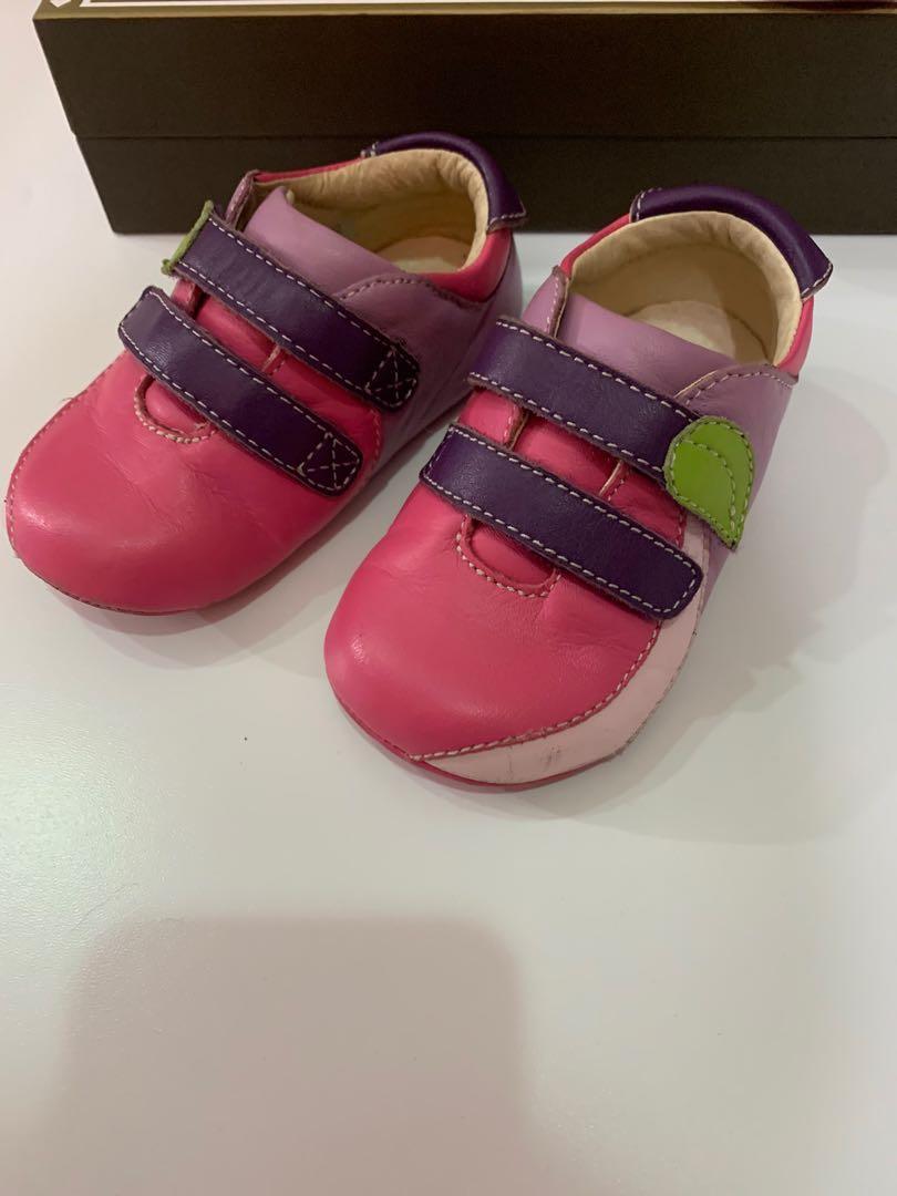 sepatu prewalker merk fiona prince size 4 toddler
