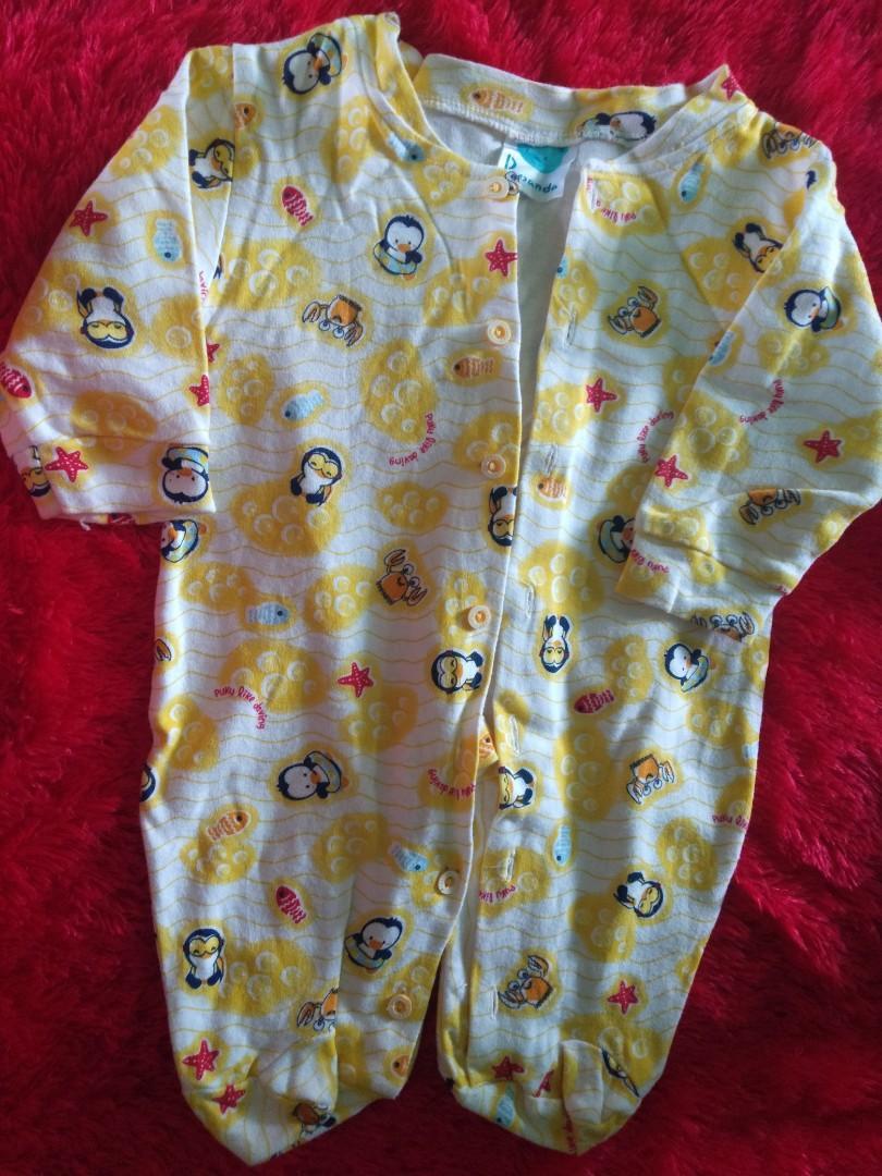 Sleepsuit Bayi Kuning