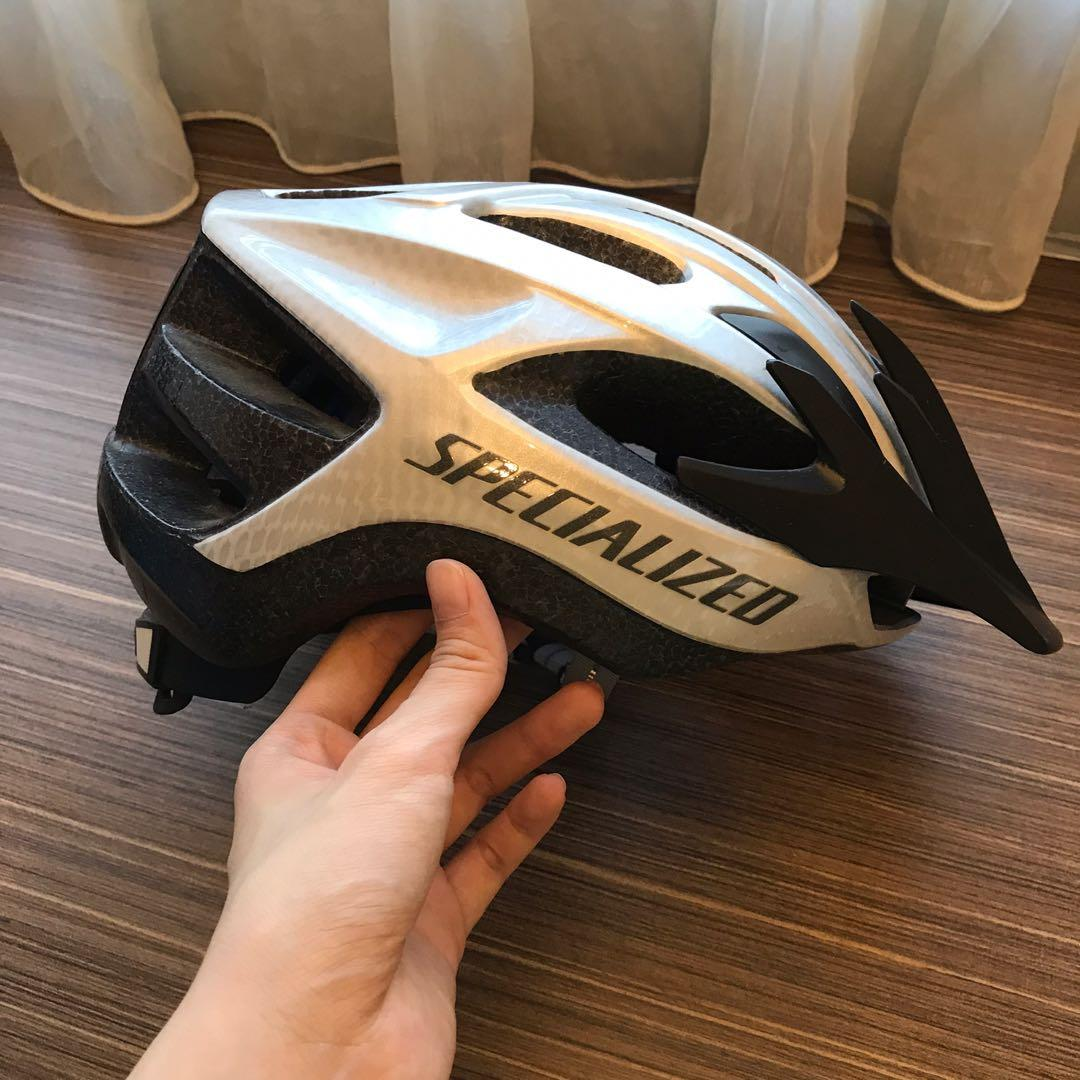 Specialized Cycling Helmet Size L