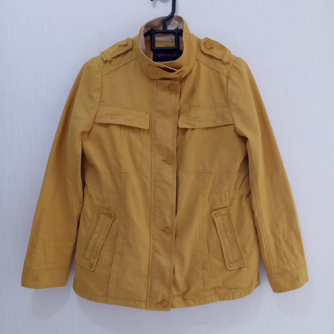 mustard jaket