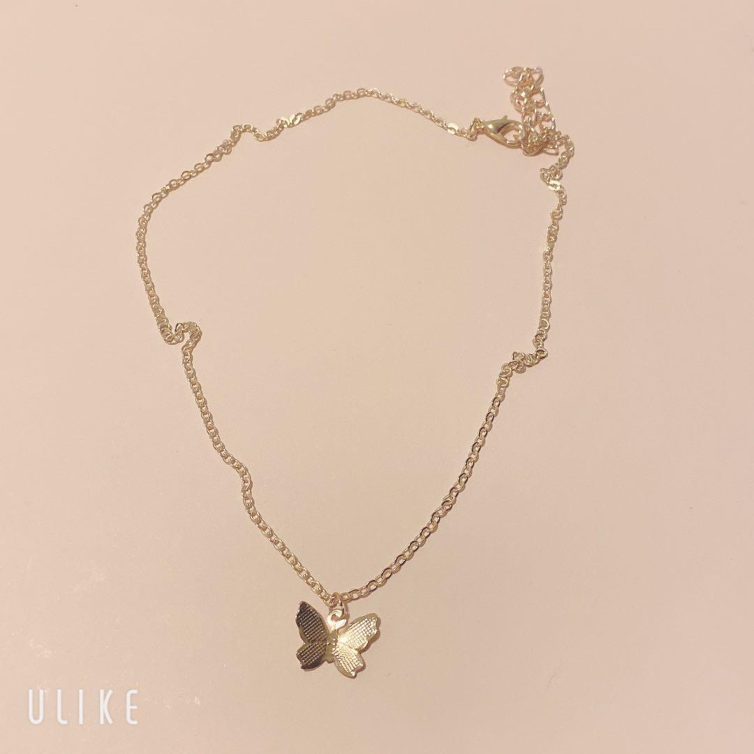 $7 each necklace