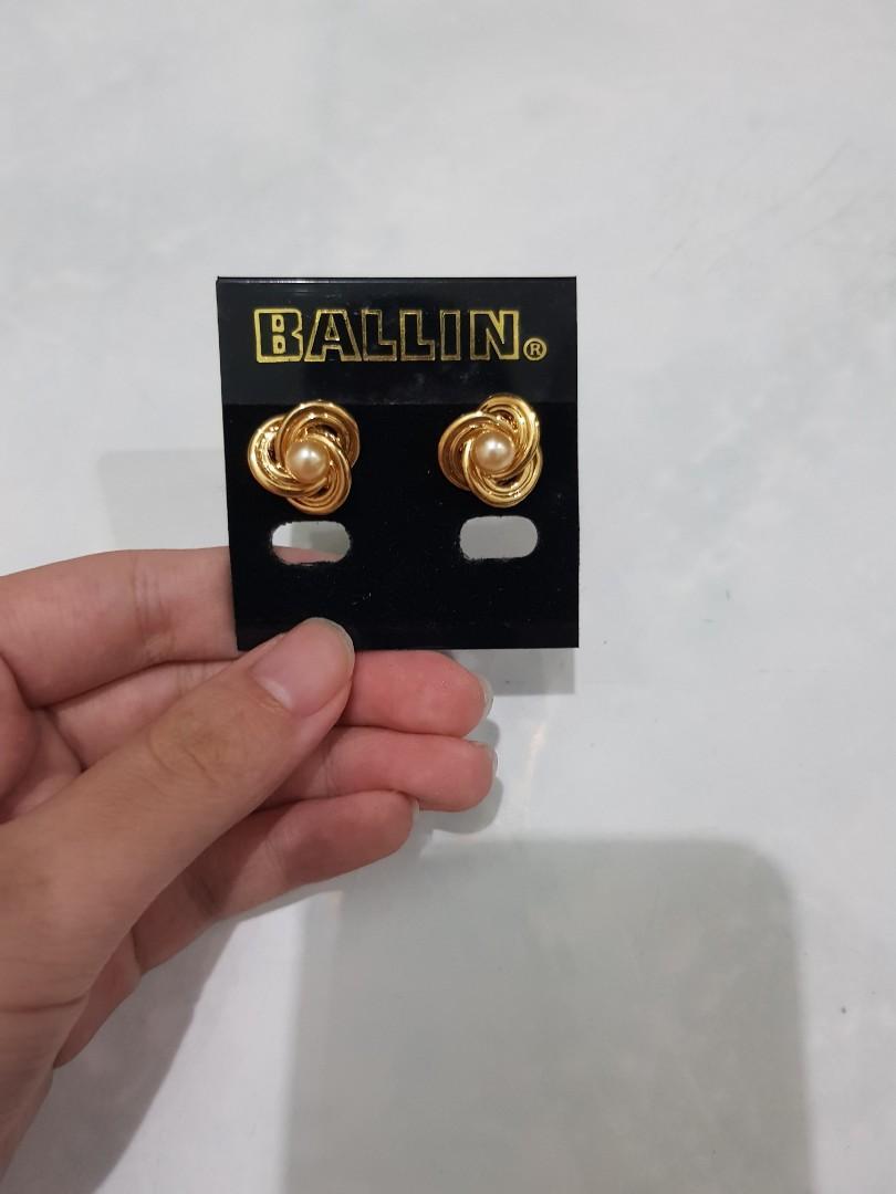 ballin earrings
