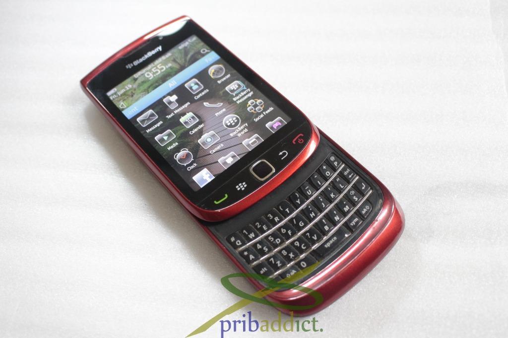 Blackberry Torch 9800 merah