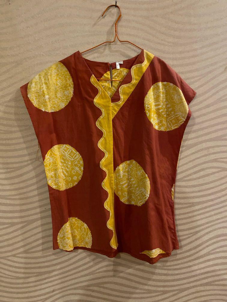 Blouse batik semi polkadot merah bata baju kantor