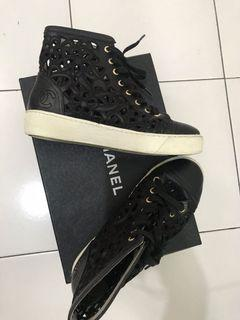 Chanel high sneakers