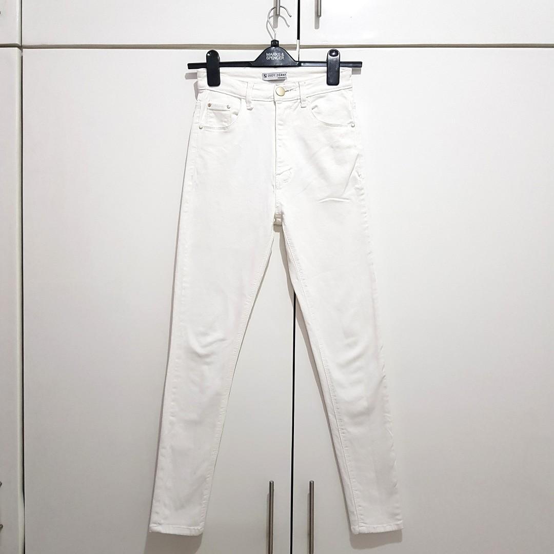 CKEY Highwaist Jeans Putih White Size 28 High Waist