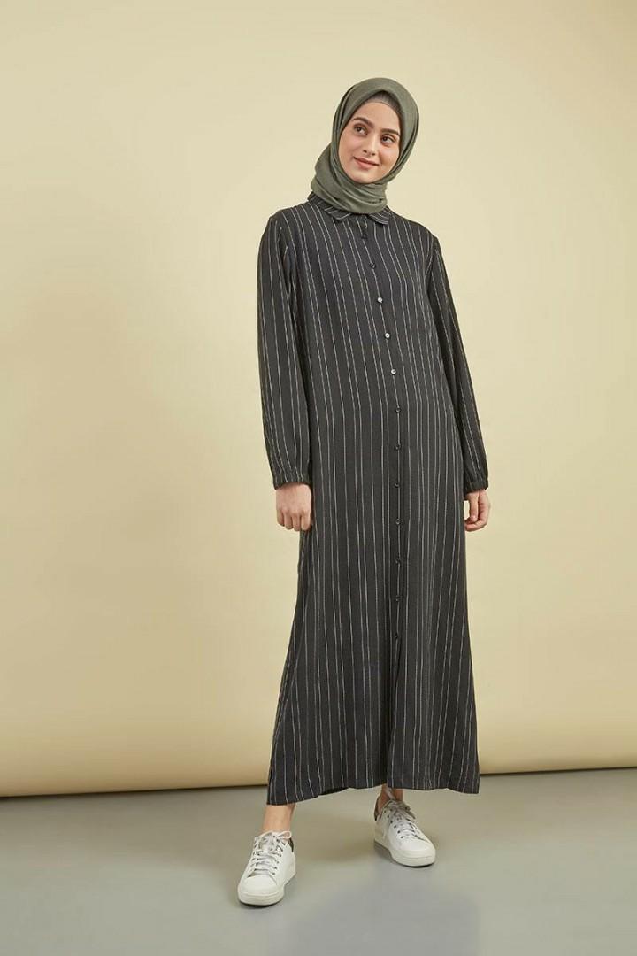 Dress / Jumpsuit Wanita Hitam 'Hijabenka' Maralyn Jules Dress Black
