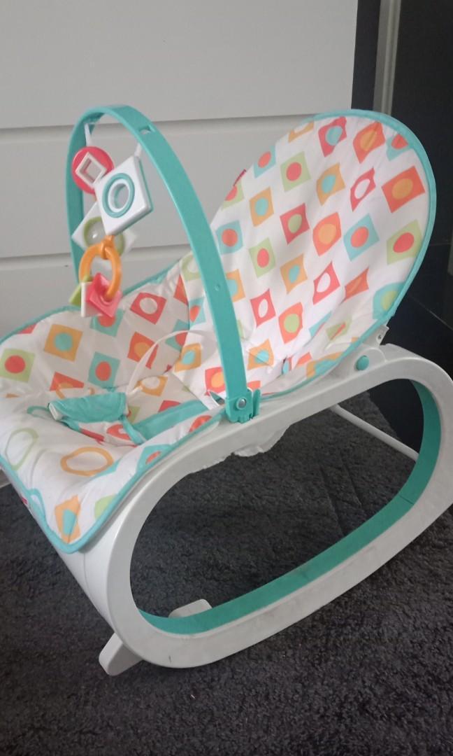 Fisher Price Infant-to-Toddler Rocker (kursi goyang bayi balita)