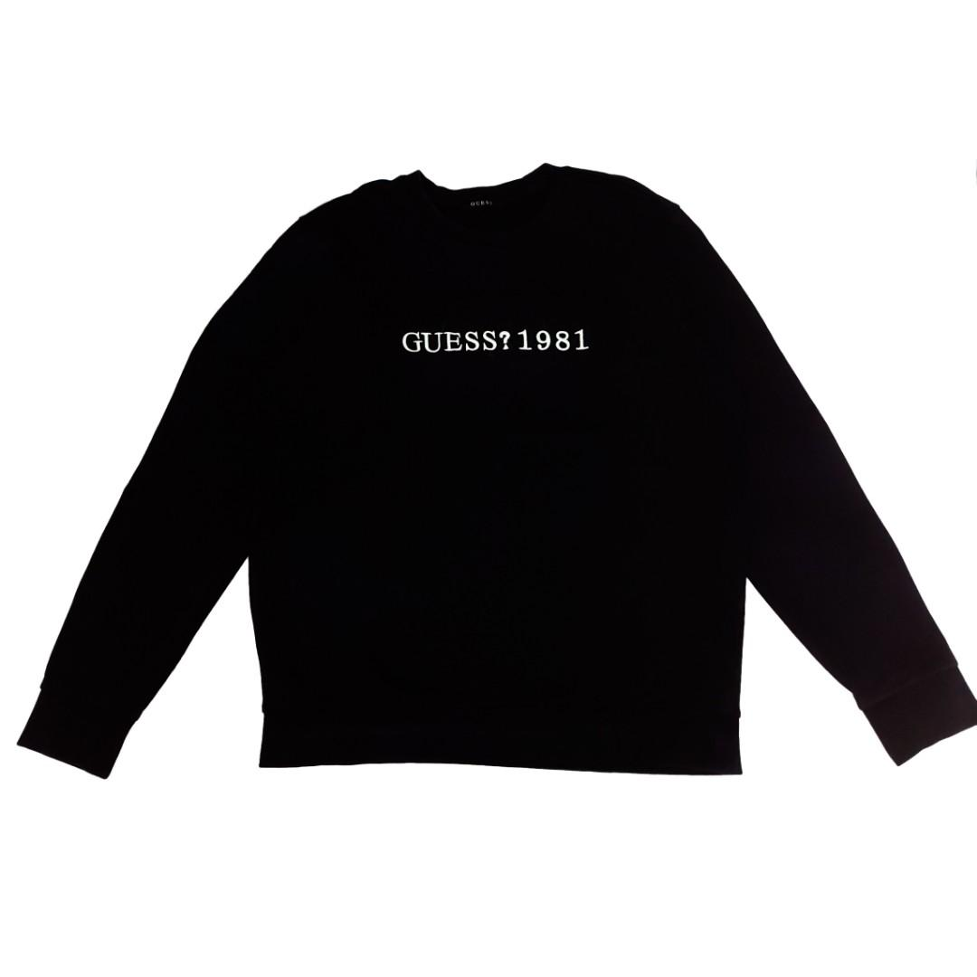 #oktoberovo GUESS Sweater