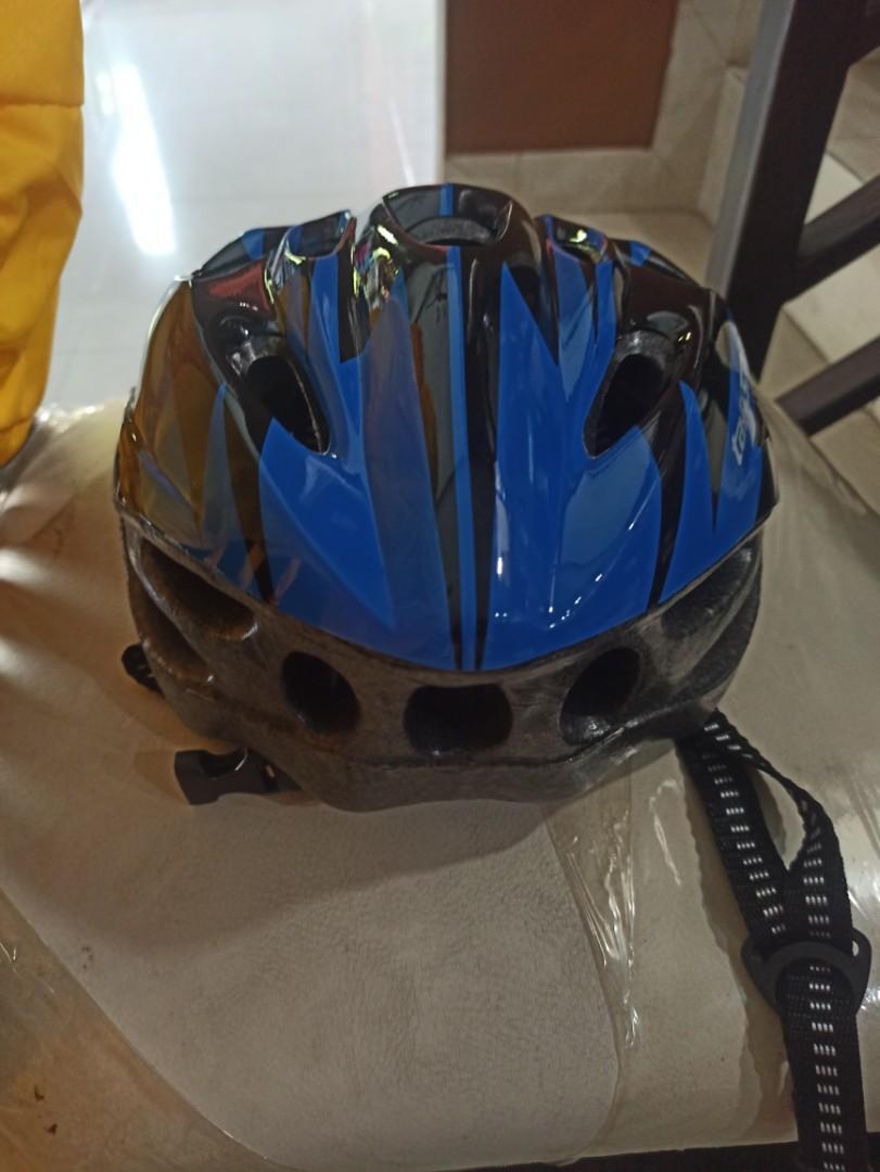 Helm taffsport biru