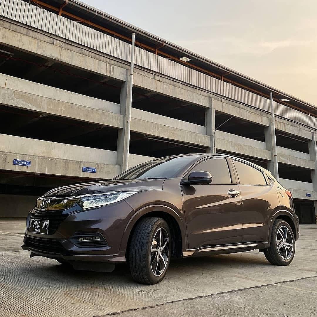 Honda Hrv free service 4 tahun hingga 50 rb km  beli honda hrv tinggal isi bensin saja