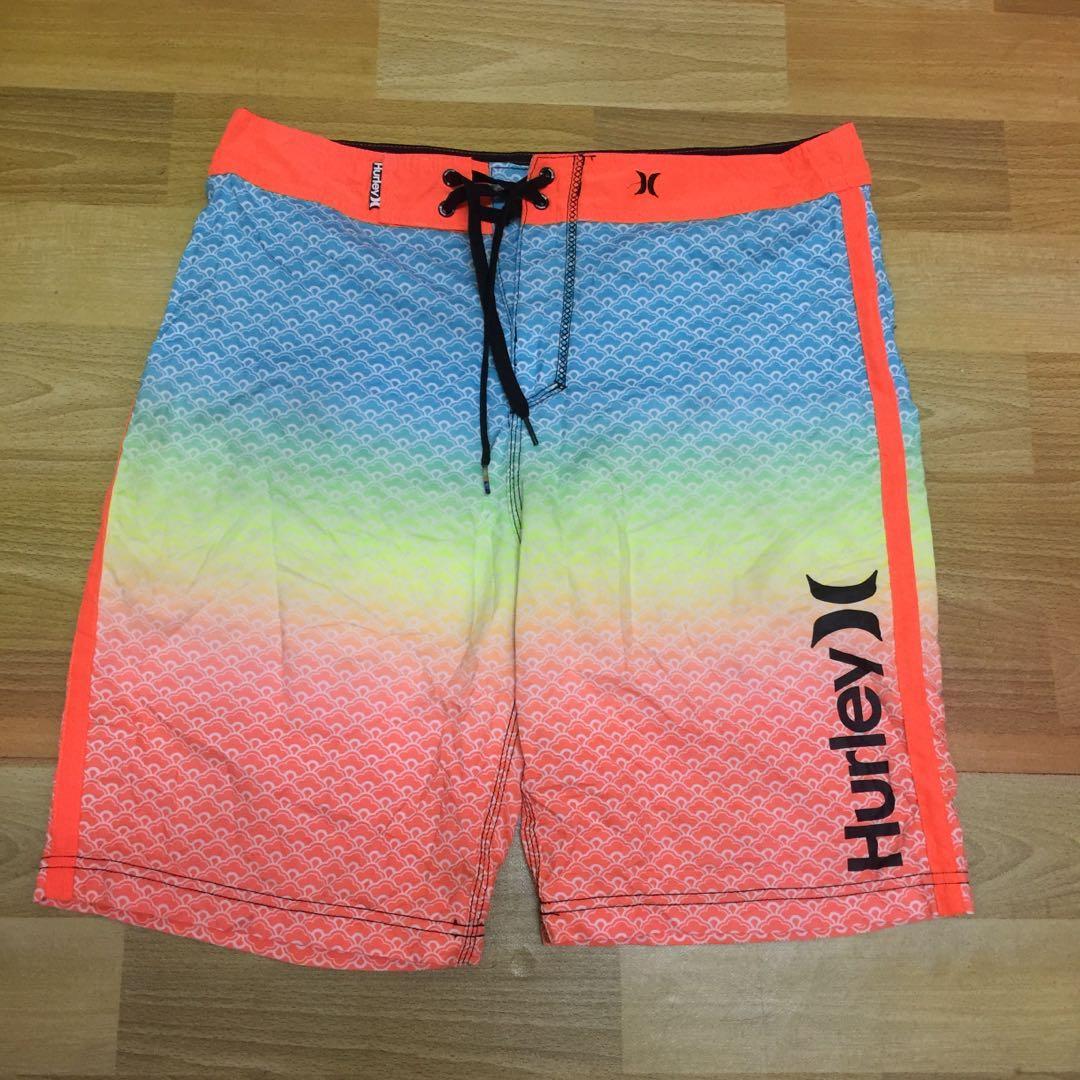 Hurley shorts saiz 32