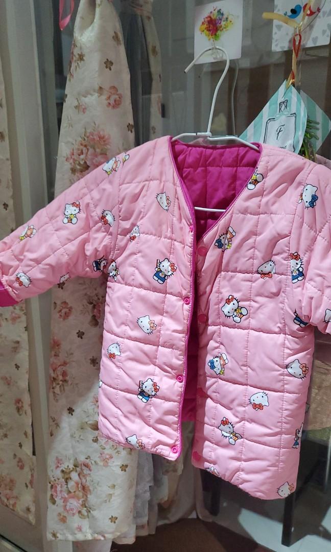 kitty 粉紅外套